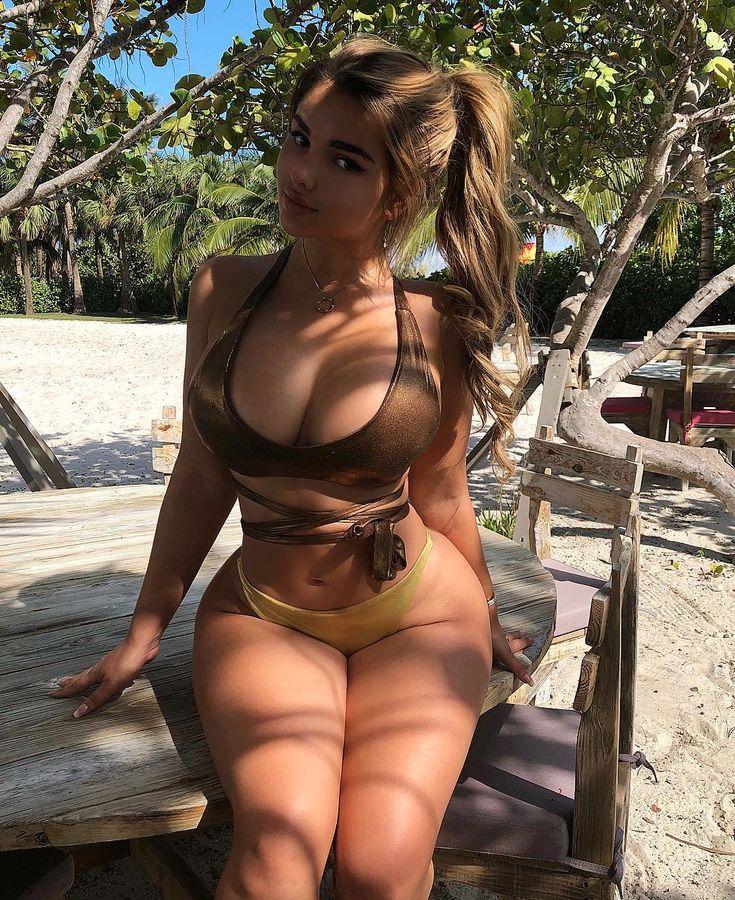 Русская аппетитная женщина видео, порно ролик красивая в корсете