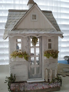 Cinderella Moments: darling miniature cottage!