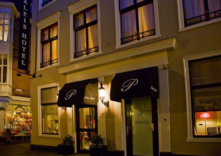 Paleis Hotel in Den Haag - met vele recensies van gasten, foto's en aanbiedingen - Paleis Hotel Den Haag - Rolstoeltoegankelijk pad Rolstoeltoegankelijke badkamer Rolstoeltoegankelijke voorzieningen