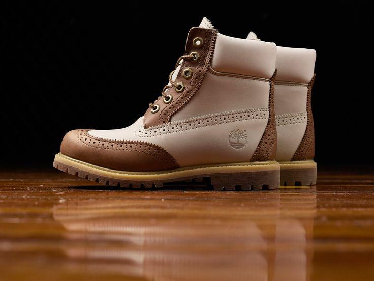 Women's Timberland 6 Inch Premium Brogue Boots [TB0A1G6T]