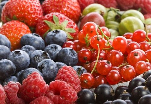 Pirosbogyós gyümölcsök