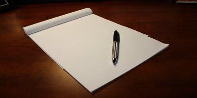 Escrever artigos como freelancer.