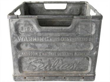 Antique Galvanized Zinc Milk Crate Sealtest Dairy