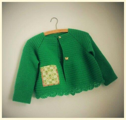 Crochet cardigan with ditsy pocket