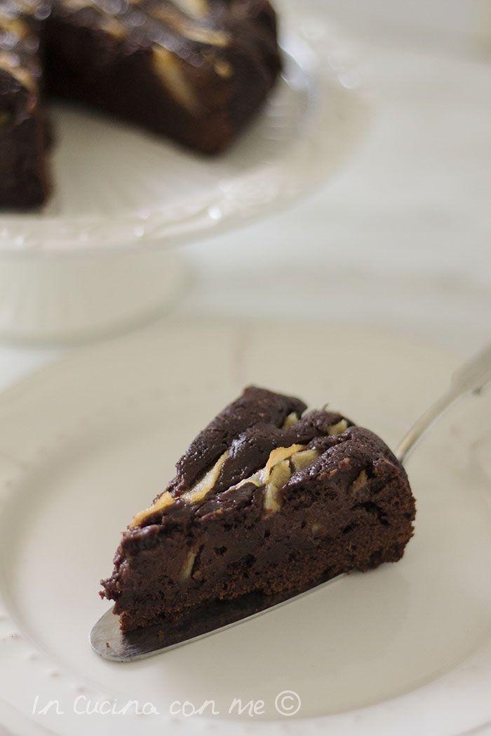 Torta-al-cioccolato e pere speziate