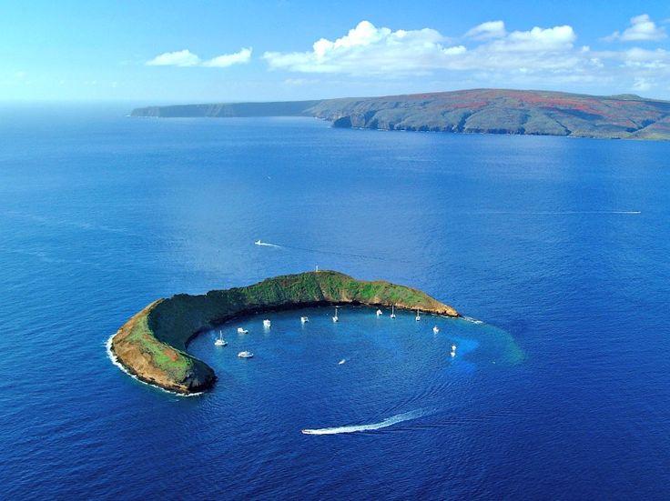 Molokini Island off of Maui (Credit: Hawaii Tourism Authority, Ron Garnett)