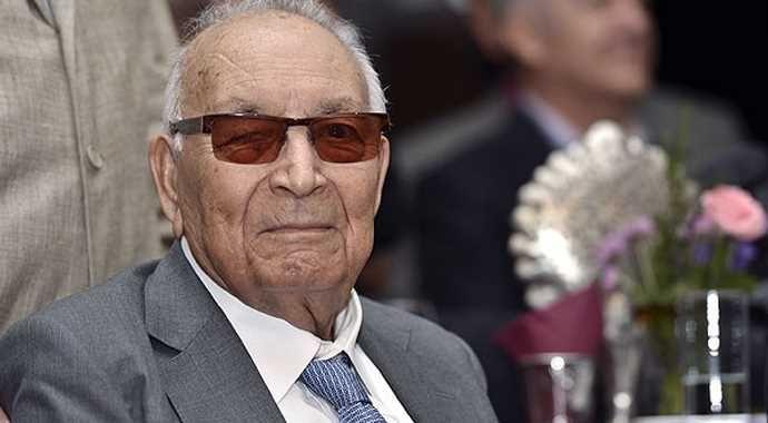 Yaşar Kemal'e yurt dışından ödül
