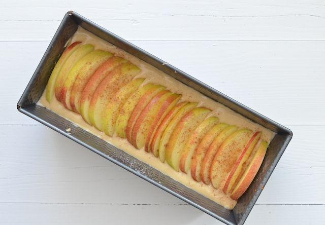 appel-kaneelcake - ik heb dit recept gebruikt als basis voor mijn stroopwafel/karamel/appelcake