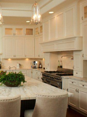 Martha's Kitchen : Intimate Living Interiors
