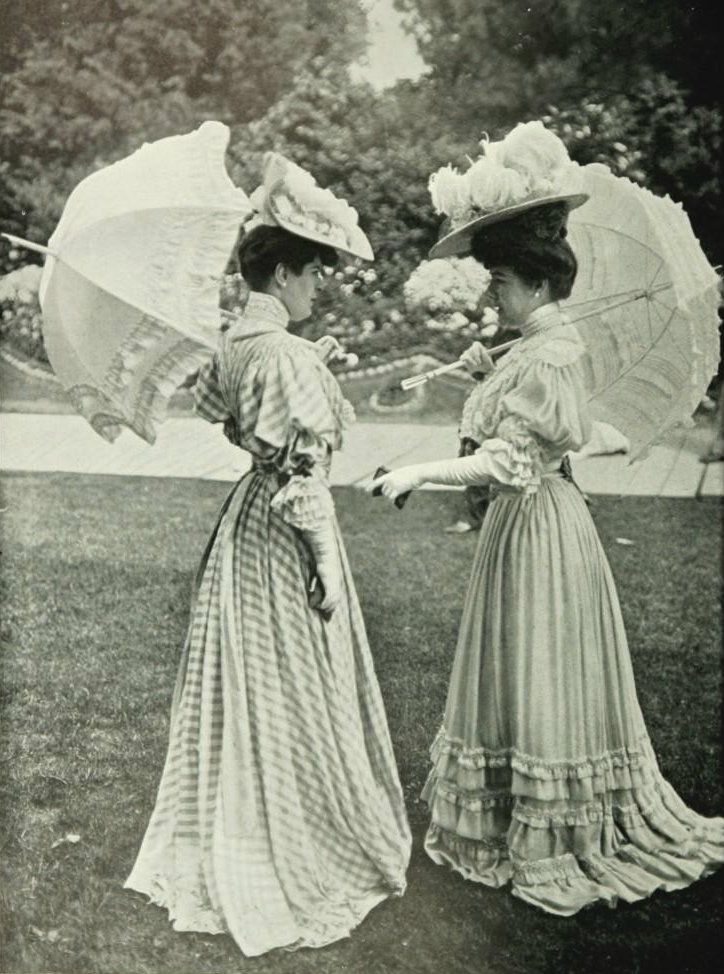 Toilettes de saison, 1904. Dresses with back fullness and large sleeves, also gathered at the natural waist.
