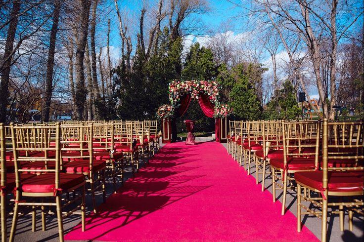 Свадьба Антона и Илоны в цвете марсала
