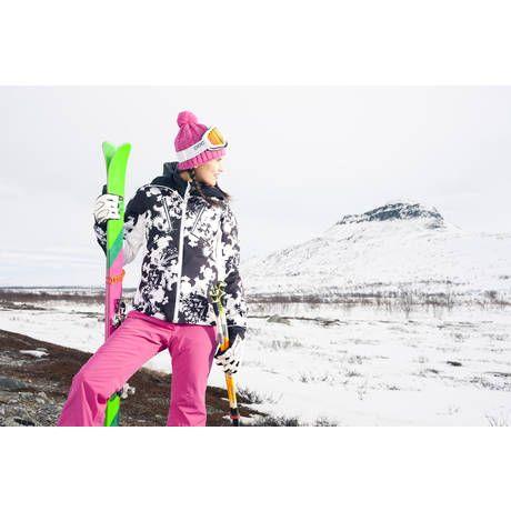 Halti Tanja 2013 printtitakki on osa Tanja Poutiainen -mallistoa. Takissa on irrotettavat, villasekoitteiset lämpöpaneelit. (699,95€) #Halti