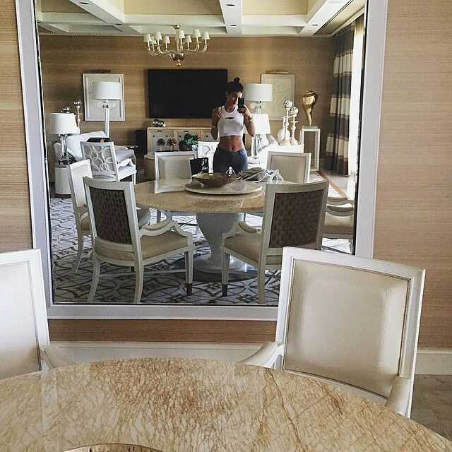 1000+ Ideas About Kylie Jenner Room On Pinterest