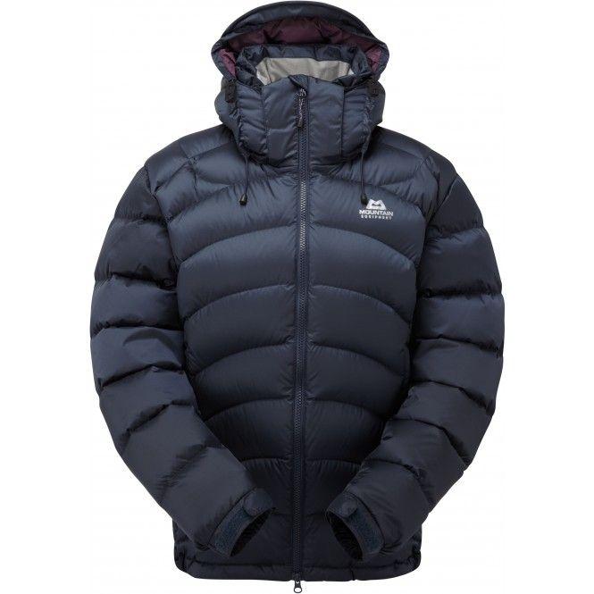 Lätt och komprimerbar jacka med värmande högkvalitativt ankdun och ett vind- och vattenavvisande yttertyg. Perfekt som förstärkningsplagg, skidjacka och varm vinterjacka.