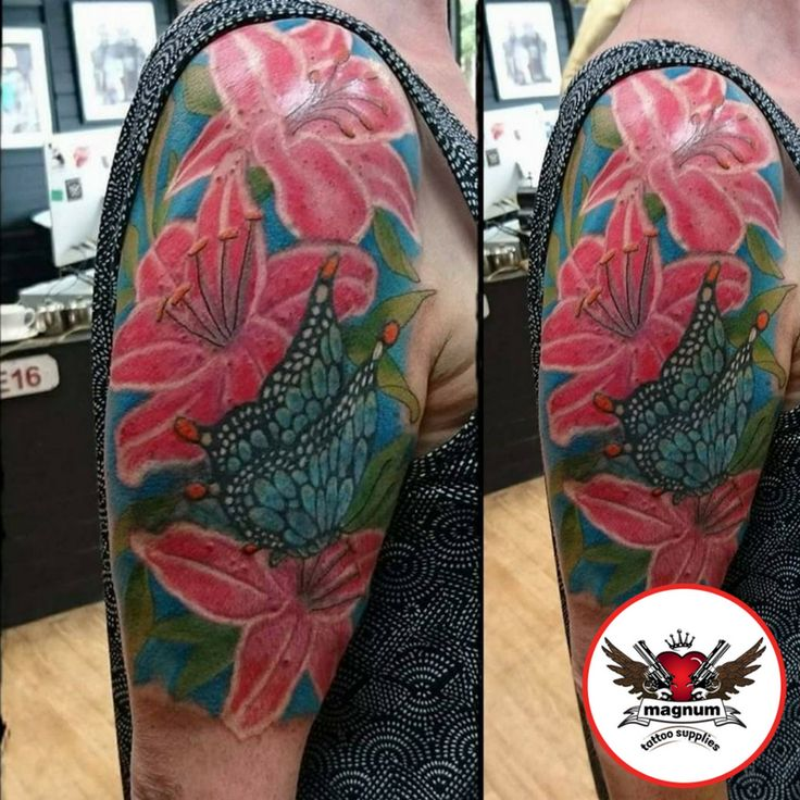 Incredible cover up by Zack Chiswell Family INK created with #magnumtattoosupplies 💪🏿 👊🏿  #japanesetattoo #japanesetattoos #koitattoo #peonytattoo #radiantcolorscrew #orientaltattoodesign #orientalart #orientaltattoo #asiantattoo #asian_inkandart #tattoo_artwork #tattoo_art_worldwide #sumi #zackchiswell #familyink #familyinktattoo