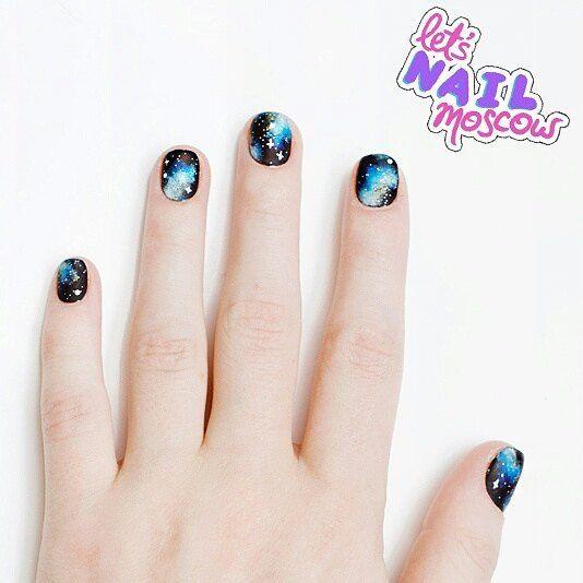 #nails #nailart #beautifulnails #funnails #ногти #маникюр #красивыеногти #galaxynails #космическийманикюр  для @afishadaily У каждого свое видение идеального осеннего маникюра. Для меня это мой любимый космос  Бегите на daily.afisha.ru посмотреть этот маникюр поближе и  другие варианты которые предложили маникюрные салоны Москвы