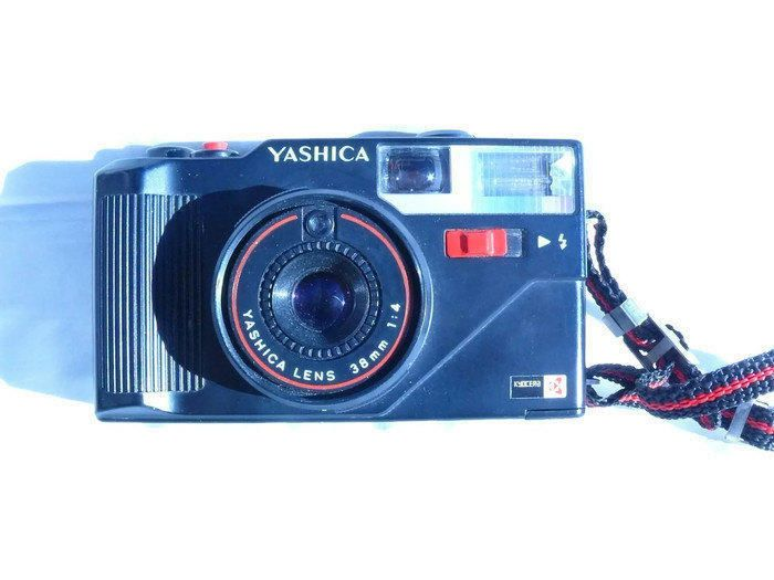 Yashica MF-3 Vintage Camera, 35mm Camera, Yashica Camera, 35mm Film Camera, Autofocus Camera, Viewfinder Camera by HarmlessBananasTribe on Etsy