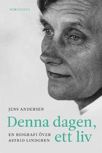 """Denna dagen, ett liv : en biografi över Astrid Lindgren (inbunden): """"""""Jag bara lever på och tycker att man ska behandla var dag som om den var den enda man har"""", sa Astrid Lindgren som avled 2002, vid 94 års ålder.  Orden """"Denna dagen, ett liv"""" följde henne hela vägen genom livet, kärleken och konsten, som ett mantra och en mening med människans oförskämt korta liv: Grip det, njut av det, använd det!  Denna dagen, ett liv är den första nordiska Astrid Lindgren-biografin på fyrtio år. Den…"""
