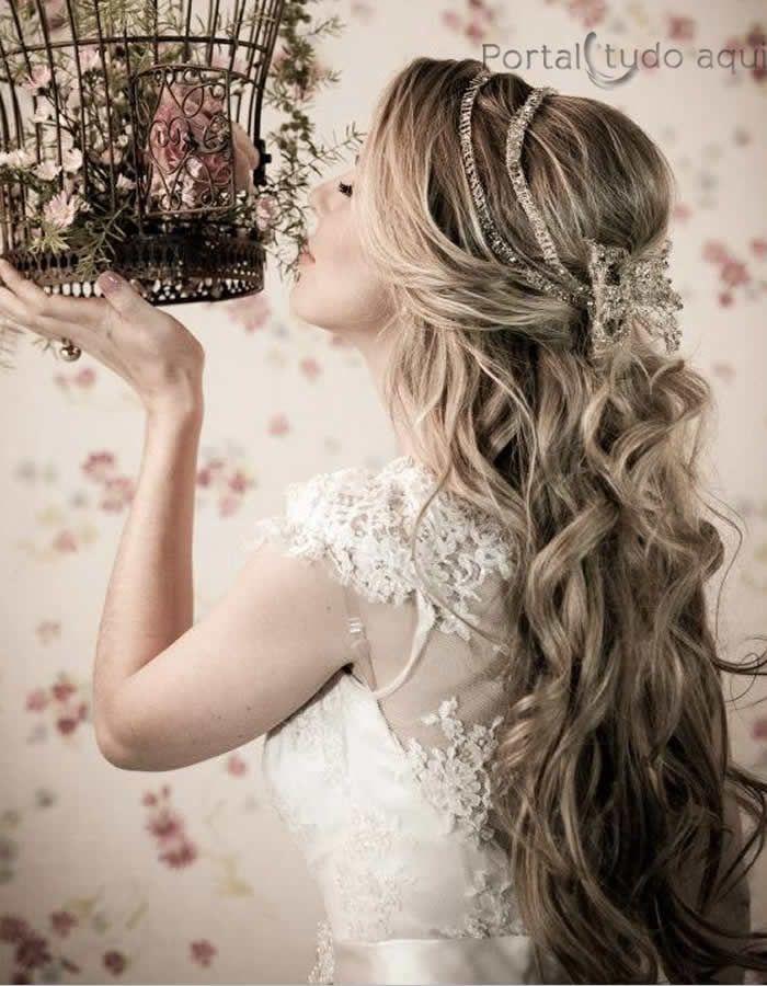 Deslumbrantes penteados de todos os tipos para debutantes