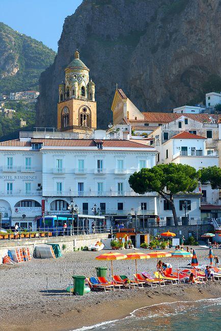 Emmy DE * Beach living on the Amalfi coast!