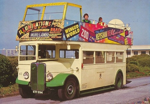 BUS POSTCARD - Morecambe Illuminations!
