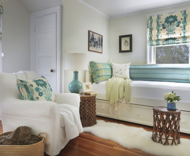 Bedroom:Dazzling Hemnes Daybed Look Providence Beach Style Bedroom Inspiration With Beach Cottage Bedroom Bed Pillows Blue Pattern Blue Patterned Fabric Day Bed Green Pillows Ideas Rustic Modern Bed with Headboard