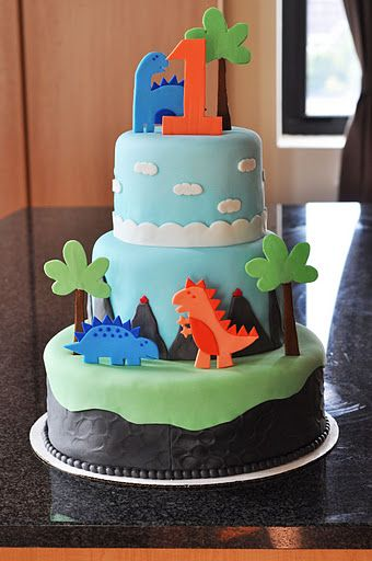 3 Tiered Dinosaur Cake Super Cute With Pure Hoopla S Dino