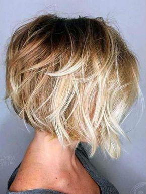 Idée coupe carré plongeant dégradé en 2020   Coiffure carré plongeant, Style de cheveux courts ...