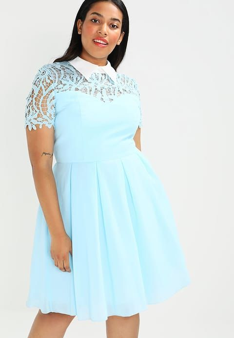Kleding Chi Chi London Curvy AMBERLE - Korte jurk - pale blue Lichtblauw: € 89,95 Bij Zalando (op 24/06/17). Gratis verzending & retournering, geen minimum bestelwaarde en 100 dagen retourrecht!