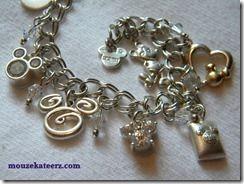 need this disney charm bracelet!