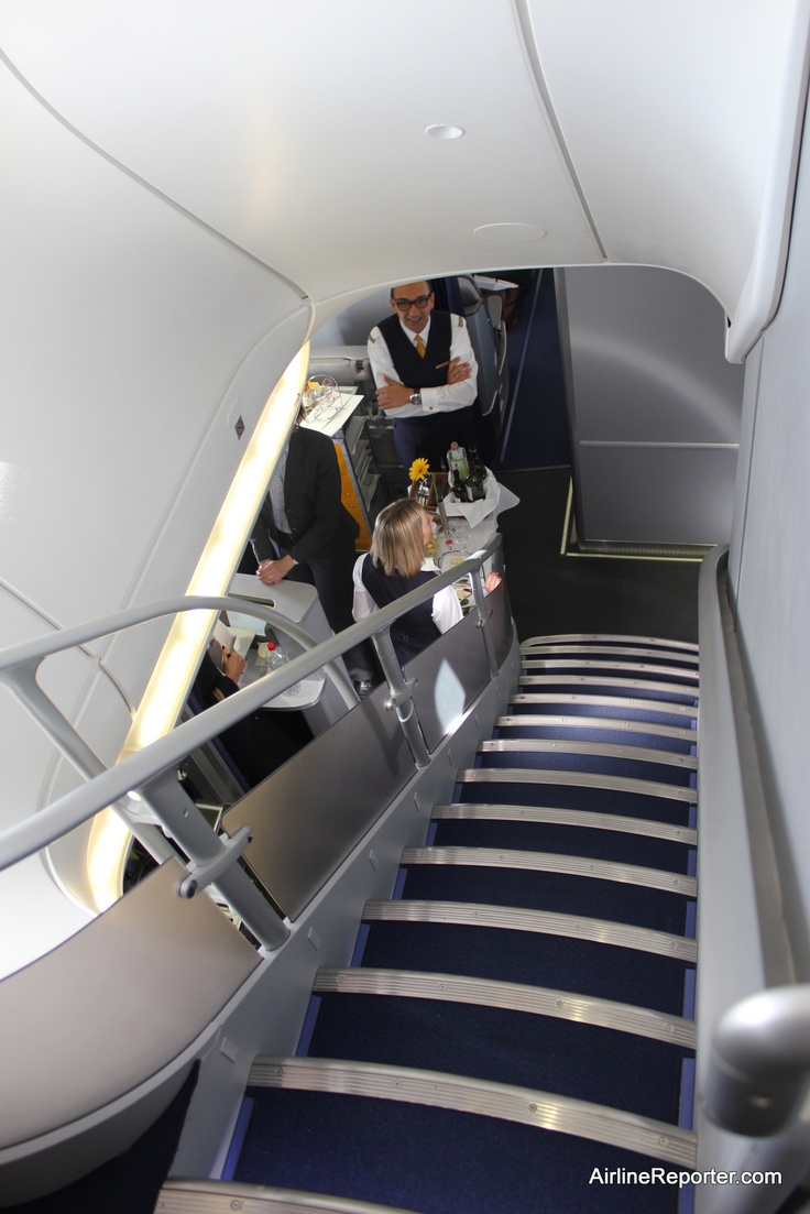 Flying on the Inaugural Boeing 747-8 Intercontinental Flight With Lufthansa