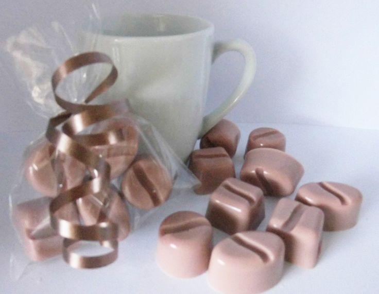 Zeep Bedankje koffieboontjes in foliezakje en lintje http://www.zeep-specialist.nl/ Like ook https://www.facebook.com/Zeepspecialist.nl
