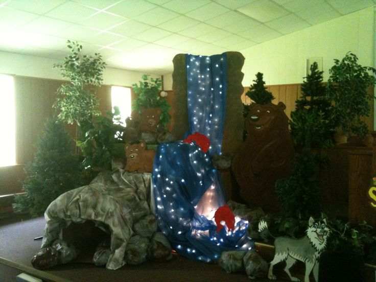 Sonrise National Park VBS - bear cave and waterfall decor