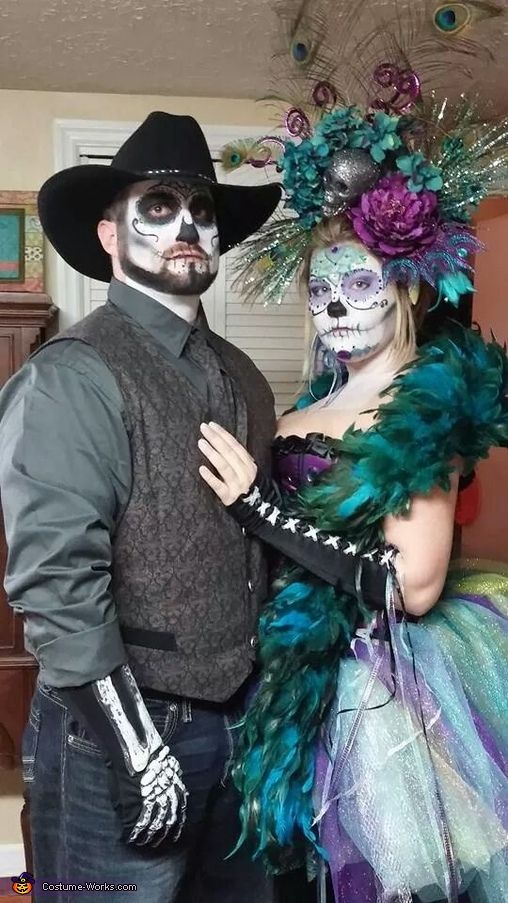 Sugar Skulls - Couples Halloween Costume Ideas