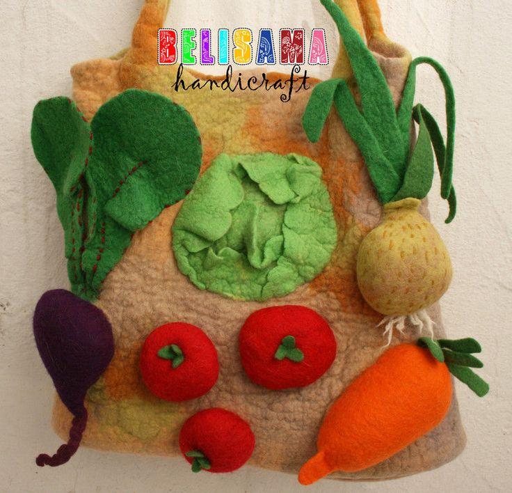 """Купить Волшебная хозяйственная сумка """"Овощи"""" - сумка, войлочная сумка, сумка хозяйственная, сумка с декором"""