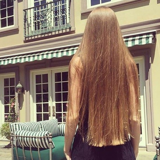 Thank you to  @nat1a  for this lovely photo and her hair is looking as wonderful as ever!!❤️#inspire #inspirational #longhair #hair #hairgoals #long #longhairdontcare #lhdc #beautiful #beautifullonghair #like #instalonghair #amazing #cheveuxlongs #cheveux #langehaare #haare #langhaar #haar #capellilunghi #capelli #cabeloslongos #cabeloperfeito #cabelo #bonita #longhairsociety