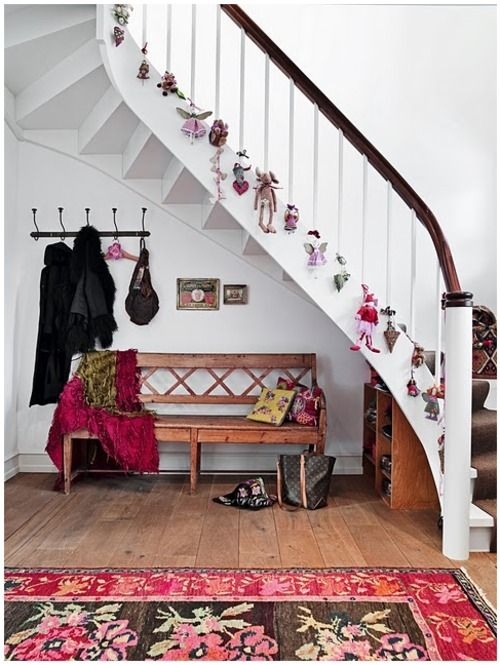 Superb Cute Decoration Idea For The Stairs