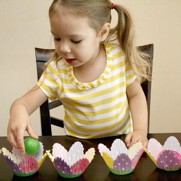 Plastic Eggs Easter Name Game via @shaunnaevans