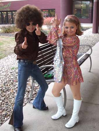 Discos, 70s fashion and Kid halloween costumes on Pinterest
