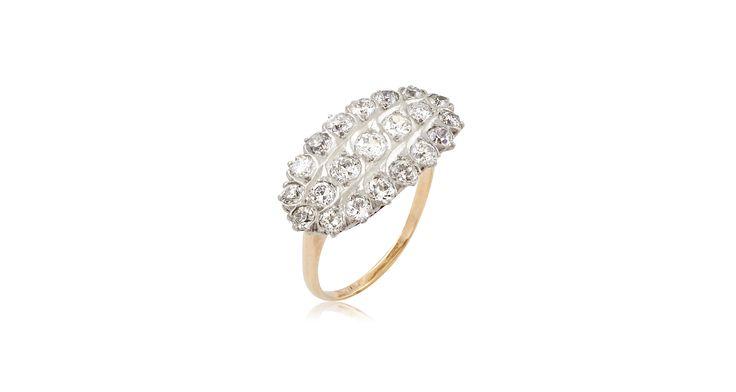 Art Nouveau East-West Oval Diamond Cluster Ring