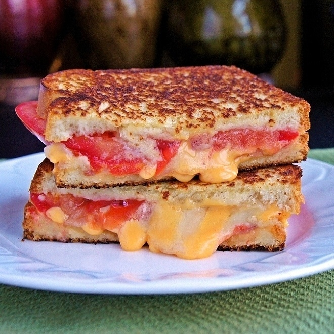 Tomato Bacon Swiss Grilled Cheese | Sandwiches & Wraps | Pinterest
