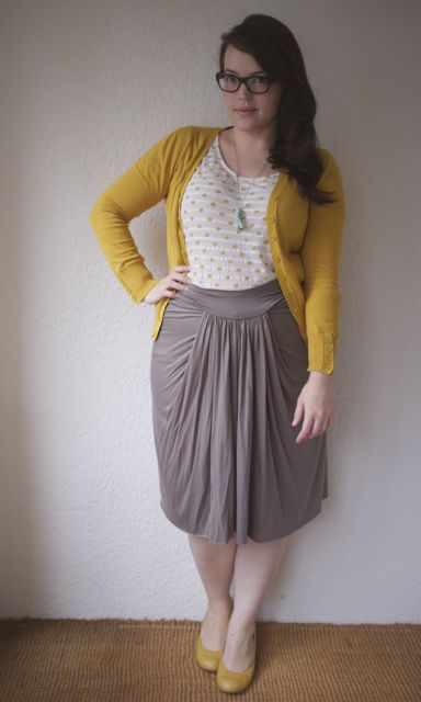 Love this look: mustard, gray, white, and a pop of mint!