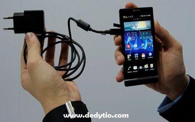 Tips dan Trik Cara Mengisi Baterai Smartphone Lebih Cepat