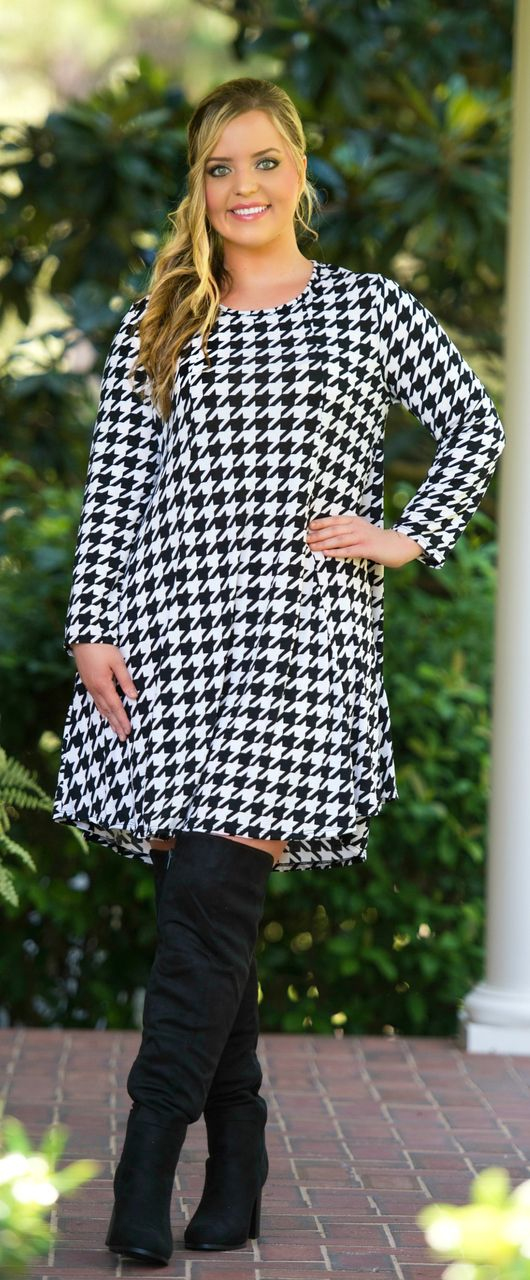 Friday Night Lights Dress - Black & Ivory - Perfectly Priscilla Boutique  #PlusSize #Boutique #Follow #Shop #Shop #Follow #Curves #PlusSizeLooks #Fall #Fashion #FallFashions