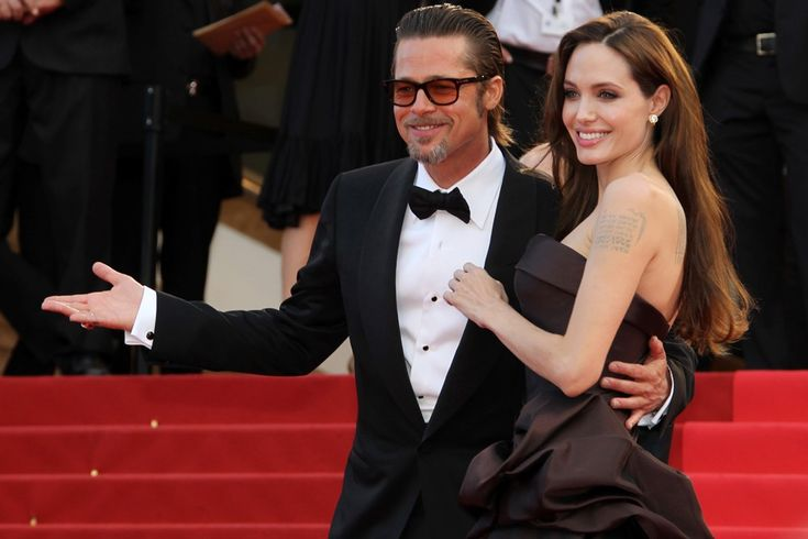 Angelina Jolie Always Felt Brad Pitt Would Go Back To Jennifer Aniston, Says Author Ian Halperin #AngelineJolie, #BradPitt, #JenniferAniston celebrityinsider.org #Hollywood #celebrityinsider #celebrities #celebrity #rumors #gossip