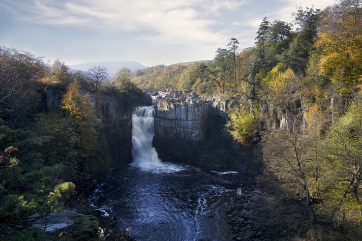 High Force - The largest waterfall in England. A woodland walk leads you to the spectacular site. Relax, unwind and marvel at this magnificent natural attraction in Upper Teesdale in the Durham Dales.