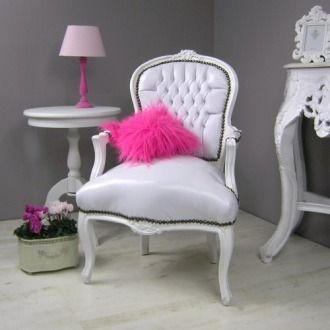 Cudowny fotel w stylu barokowym | Wonderful armchair in baroque style. #salon #fotel #barok #stylowe #meble #armchair #baroque #stylish #white