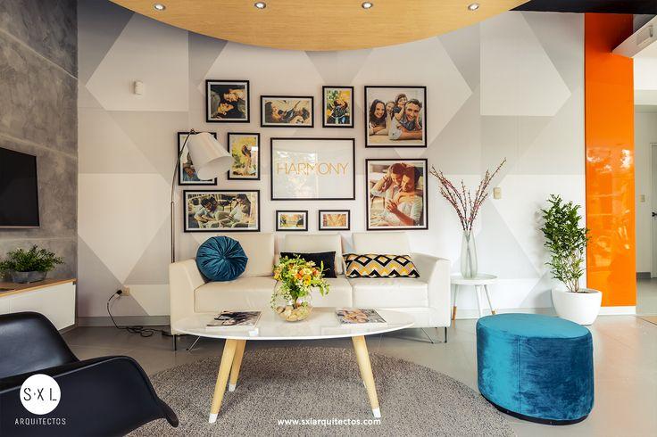 """Sala de espera, diseño interior de sala de ventas """"Harmony"""" en Lince, diseño de SXL Arquitectos."""