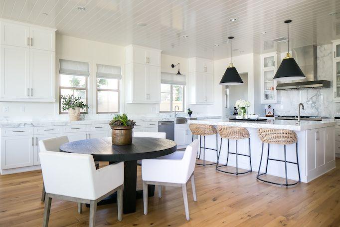 Estillo Project – Classic Modern Kitchen