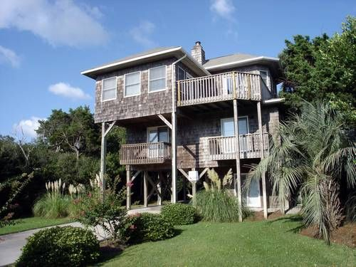 Visions South a 4 Bedroom Oceanview Rental House in Emerald Isle, part of the Crystal Coast of North Carolina. Includes Hi-Speed Internet